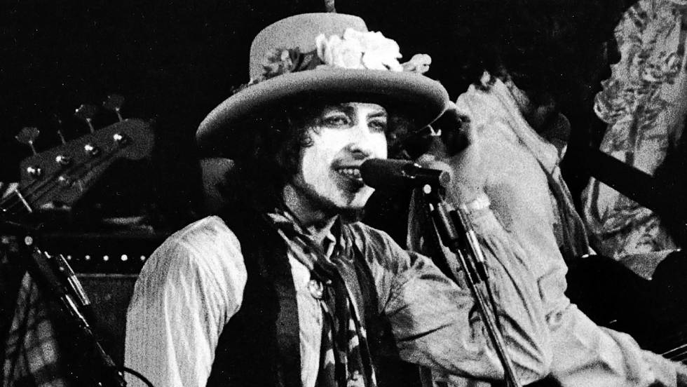 Bob Dylan en su gira Rolling Thunder Revue (1975-1976).