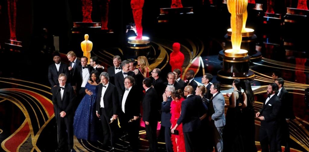 El equipo de Green Book recibe el premio a mejor pelicula / Oscars