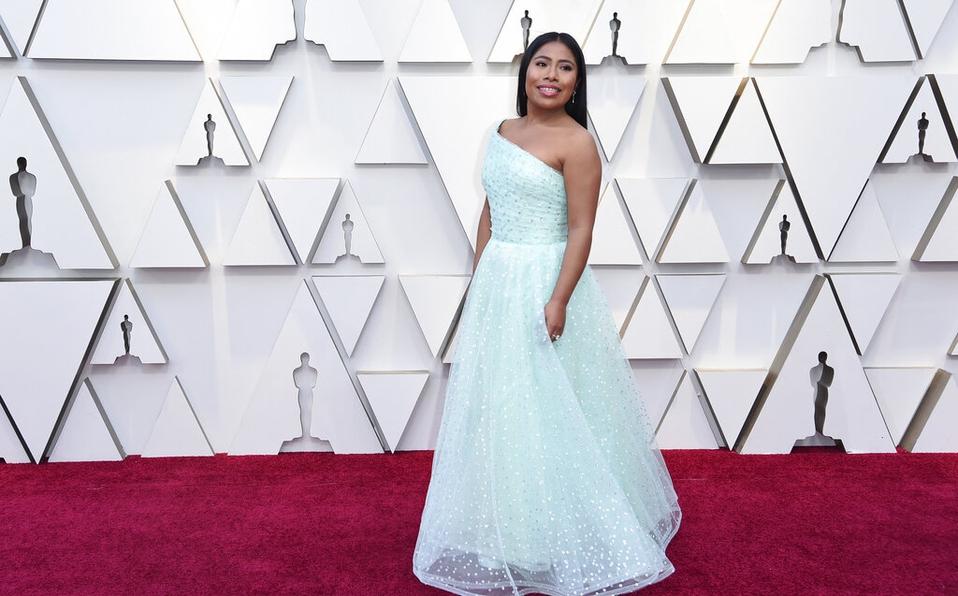 Como en todas las entregas los vestidos fueron el centro de atención, así fue Yalitza Aparicio