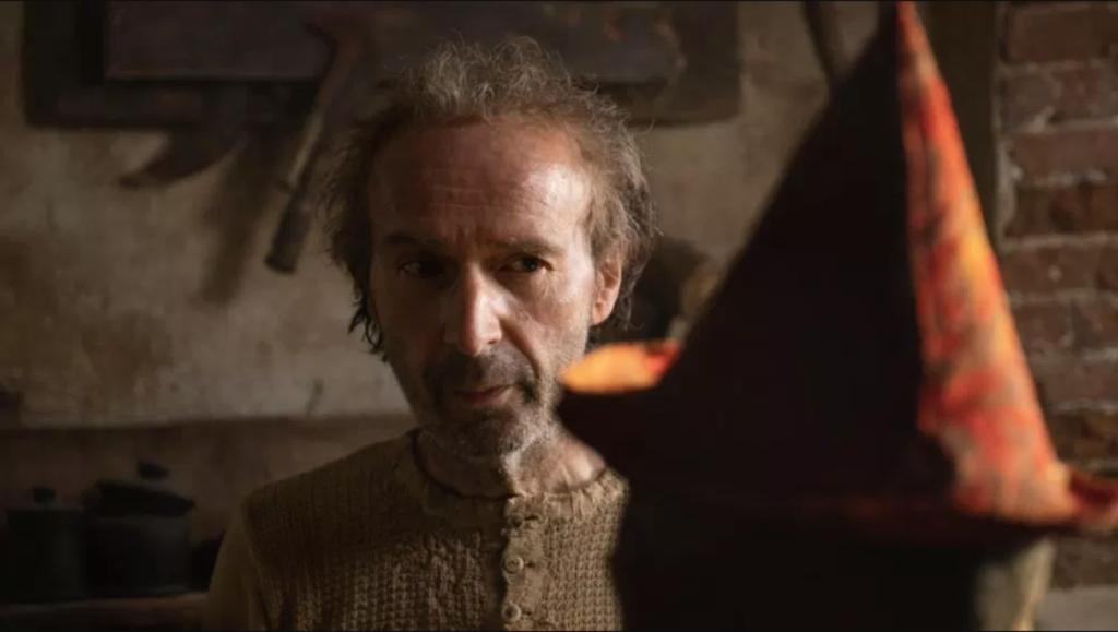 """Roberto Benigni, en el pantallazo de su papel en """"Pinocho""""."""