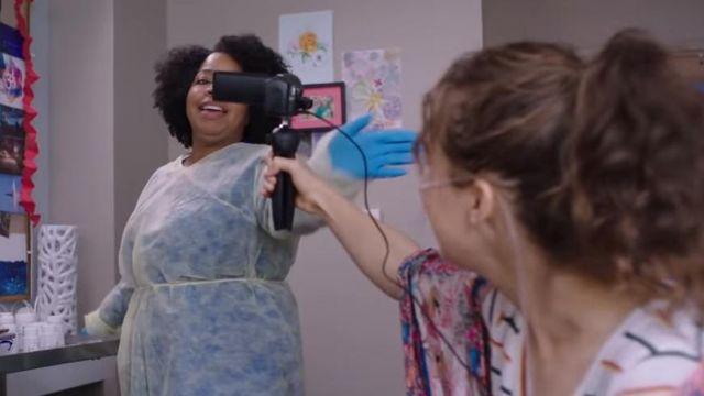 stella graba a su enfermera