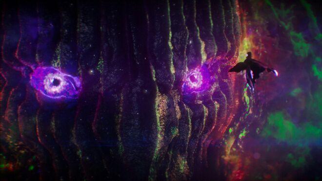 La voz de Dormammu esta a cargo de Benedict  Cumberbatch, por lo cual durante la batalla final el actor interpreta al héroe y al villano.