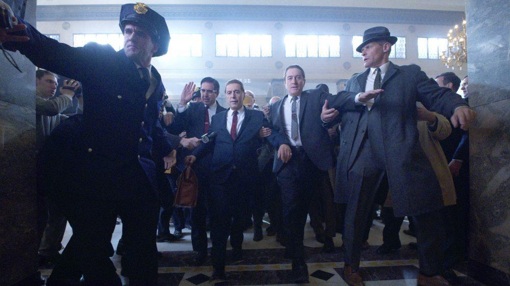 """Al Pacino y Robert De Niro en una de las imágenes compartidas sobre """"The Irishman""""."""