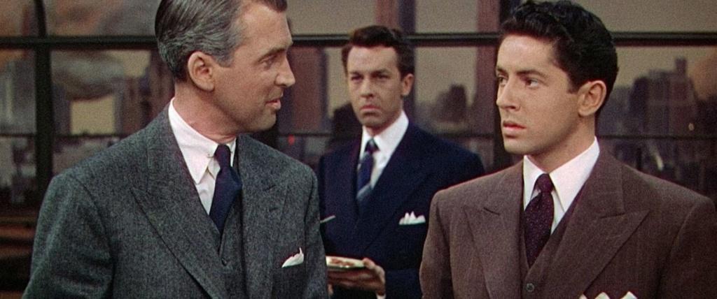 De izquierda a derecha: James Stewart, John Dall y Farley Granger. Gran plano.