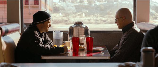"""Aaron Paul y Walter White con sus respectivos personajes en """"El Camino""""."""